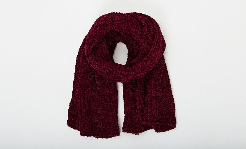 Sjaal van chenilletricot granaatrood