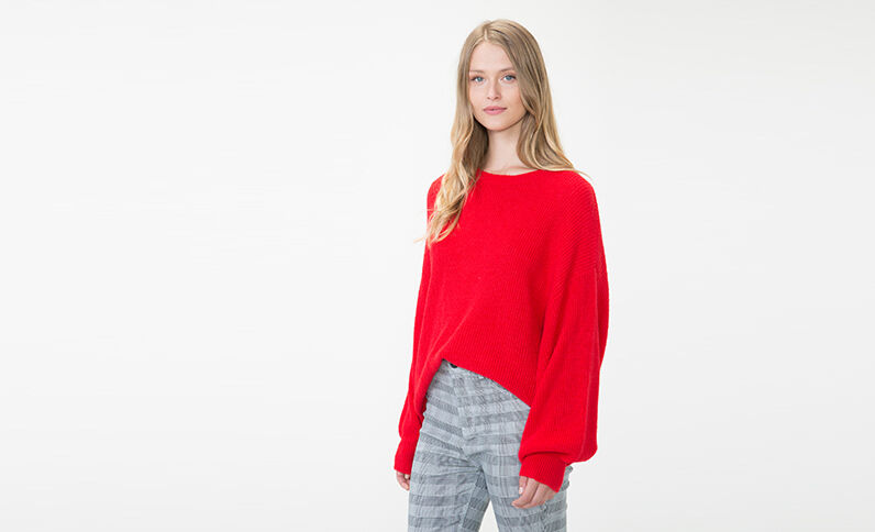 Pull oversized rouge