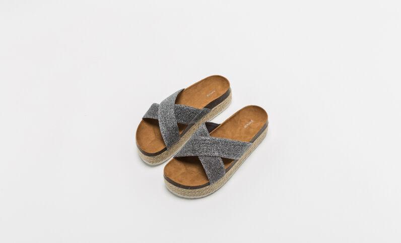 Sandalen met plateauzool brons