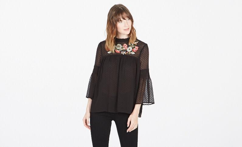 Geborduurde blouse van nettricot zwart