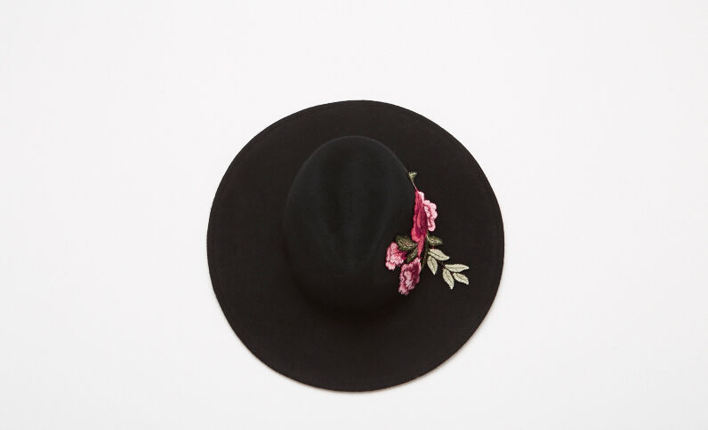 Fedora à patch noir