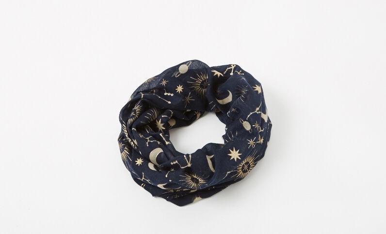 Colsjaal met print marineblauw