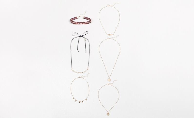 Set van 6 halskettingen goudkleurig