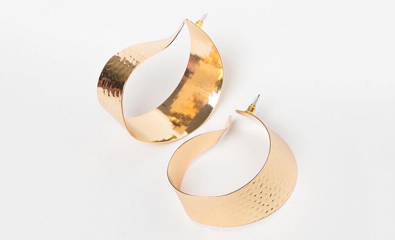 Maxi oorbellen goudkleurig