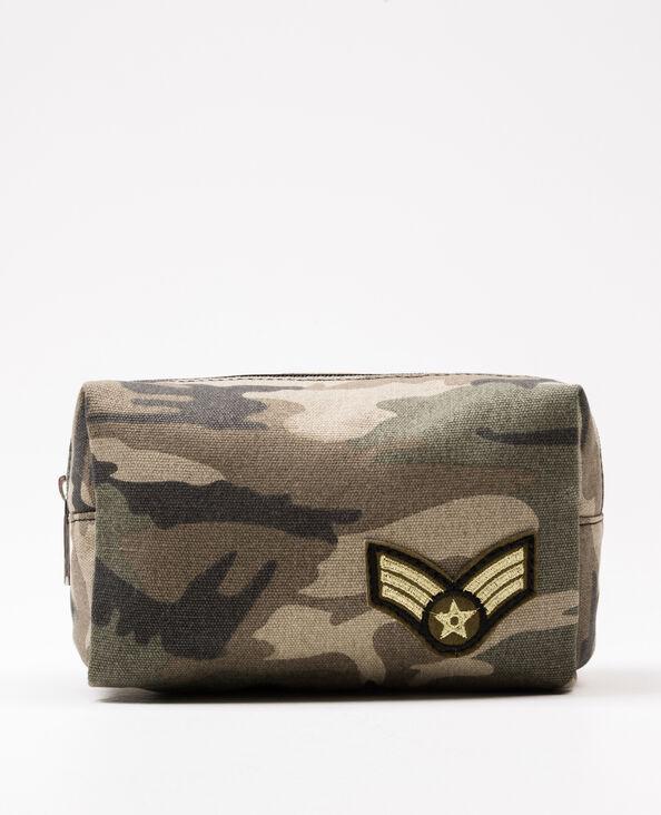 Make-uptasje met armyprint groen