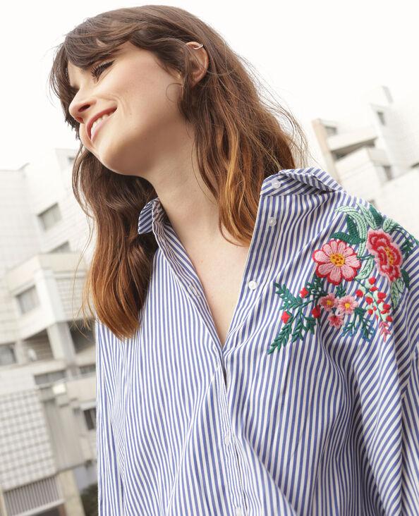 Gestreepte blouse met borduursel wit