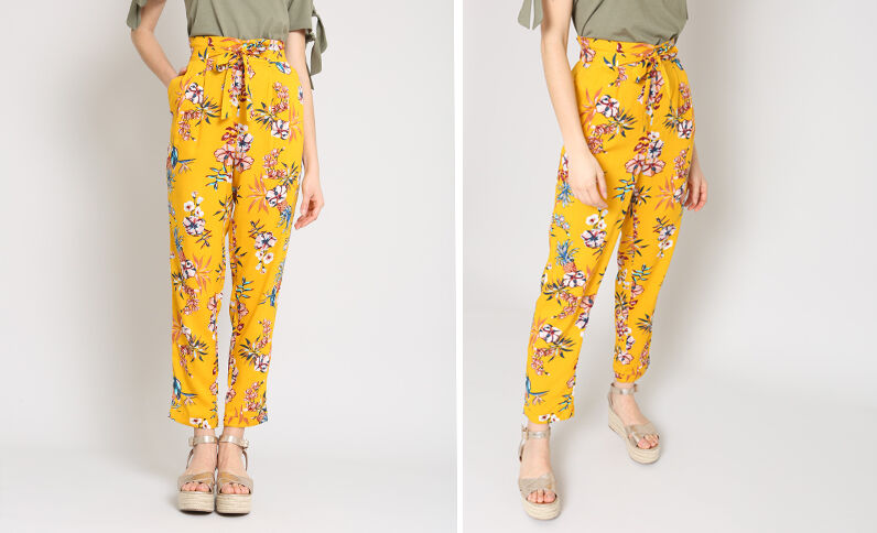 Soepelvallende broek met print geel