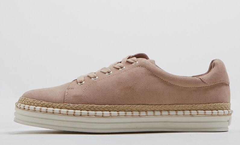 Sneakers met sleehak poederroze