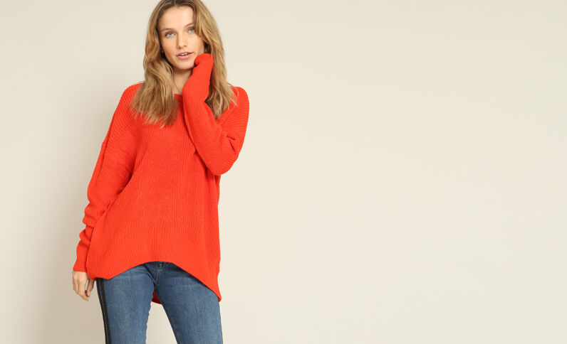 Asymmetrische trui rood
