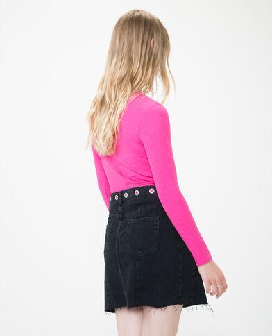 T-shirt à col ajouré rose