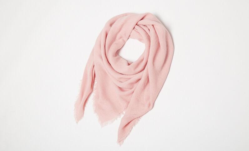 Dunne sjaal met franjes pastelroze