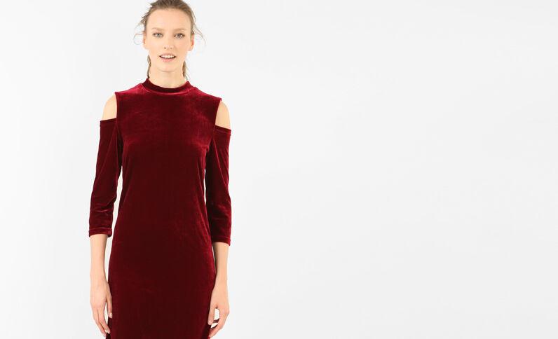 Strakke jurk met peekaboomouwen granaatrood