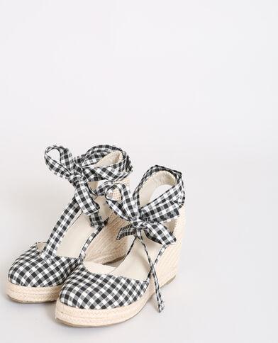 Sandalen met sleehak en vichyruitjes zwart