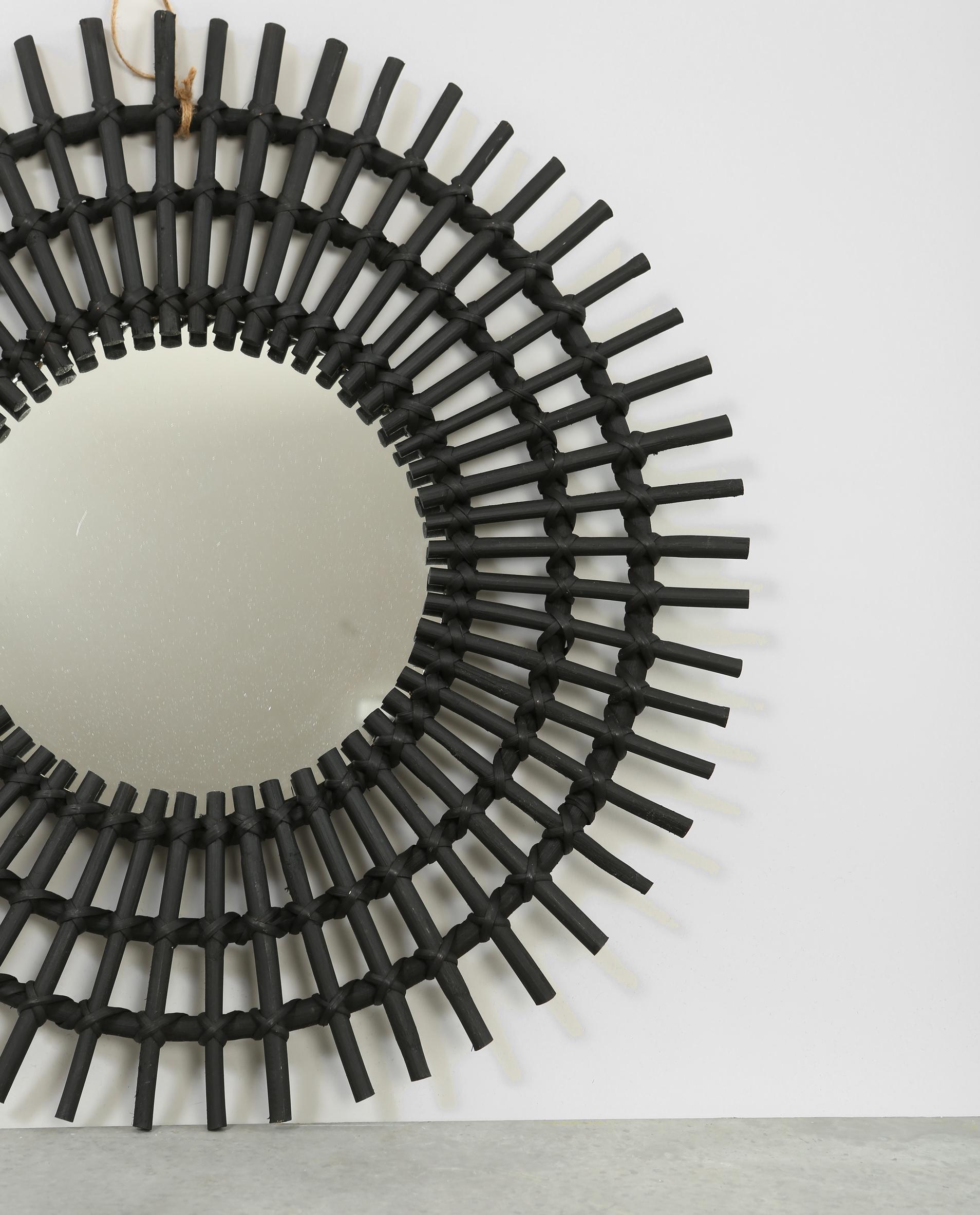 Miroir soleil en rotin noir 902206899a07 pimkie for Miroir rectangulaire en rotin