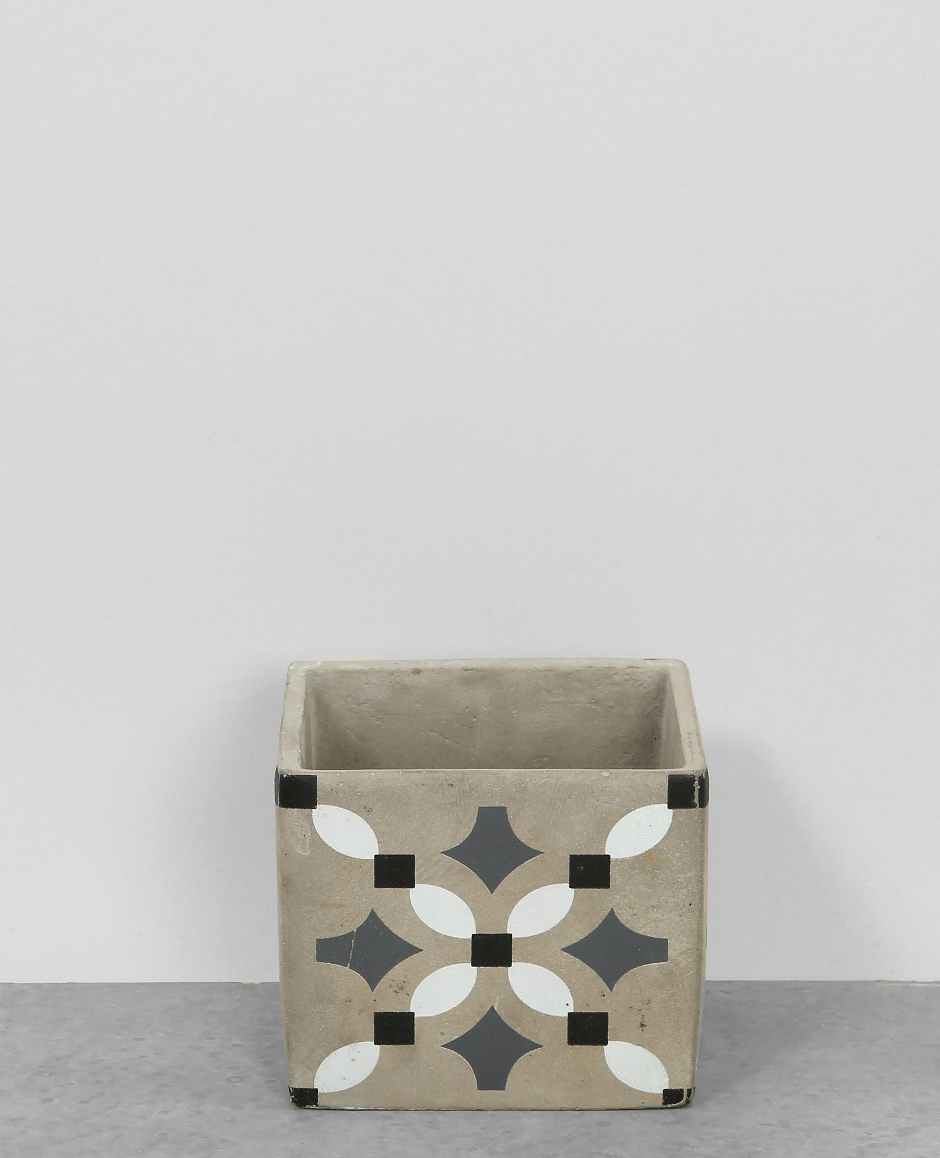 pot en carreaux de ciment gris 904355823i09 pimkie. Black Bedroom Furniture Sets. Home Design Ideas