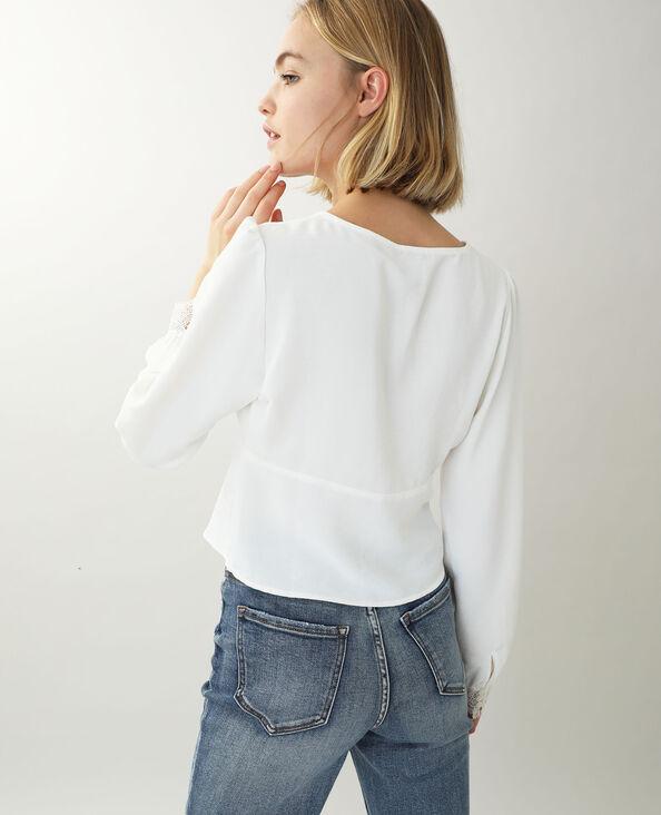 Korte kanten blouse gebroken wit