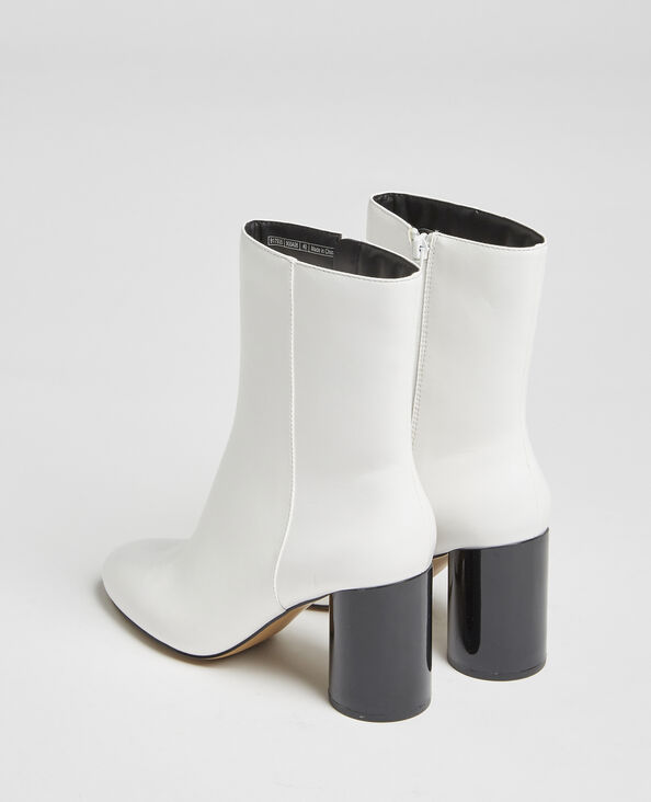 Boots à talons ronds blanc