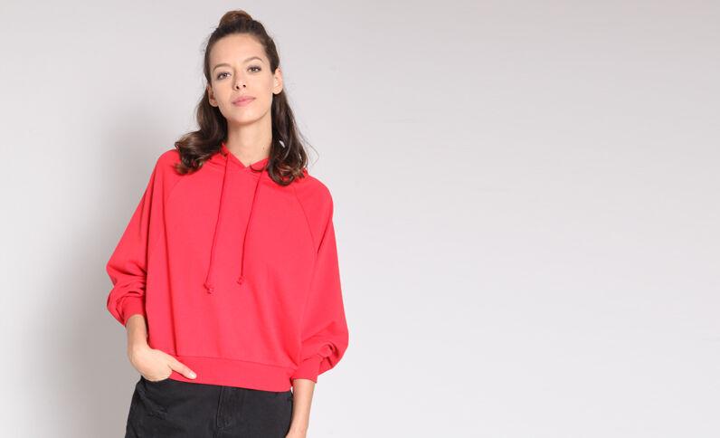 Korte sweater met kap rood