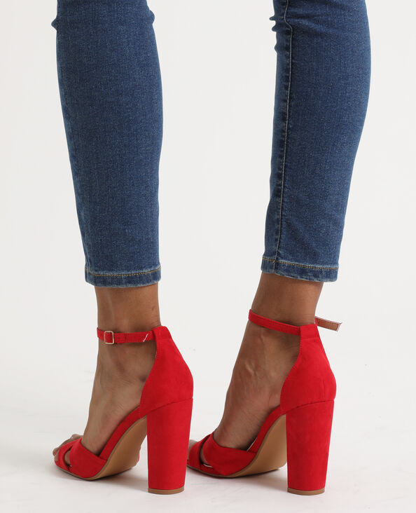 Sandales à talons hauts brique