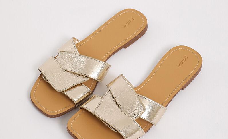 Platte sandalen goudkleurig