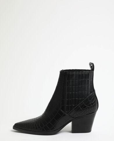 Boots style western noir