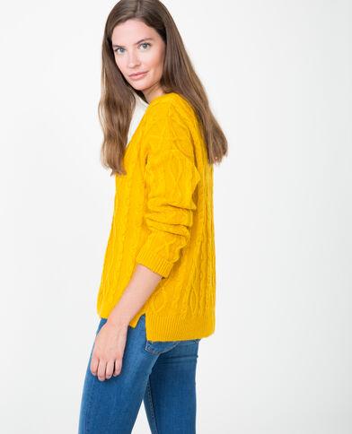 Pull torsadé jaune