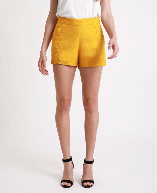 Short met hoge taille geel