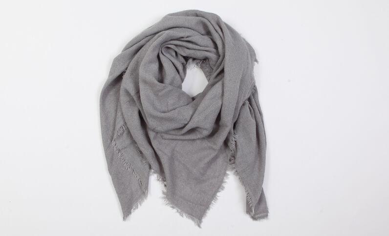Lichte foulard grijs