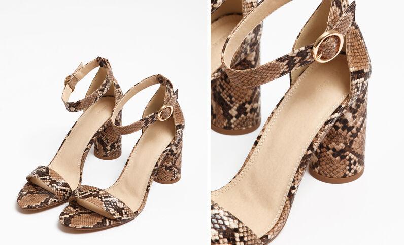 Sandales en faux python beige ficelle