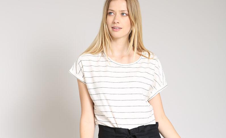 T-shirt à rayures blanc cassé