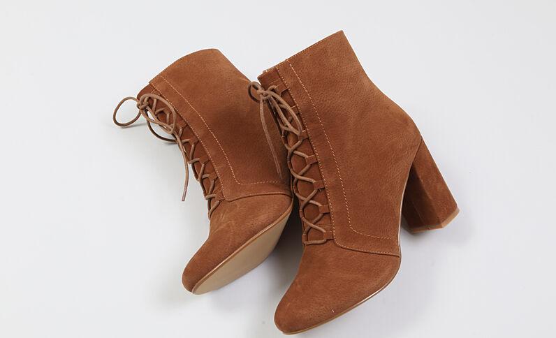Laarzen met veters kastanjebruin