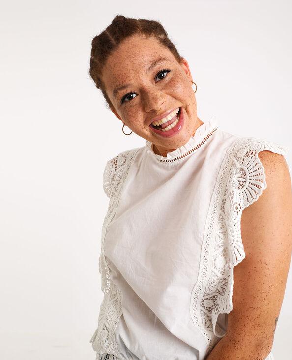 Mouwloze geborduurde blouse gebroken wit
