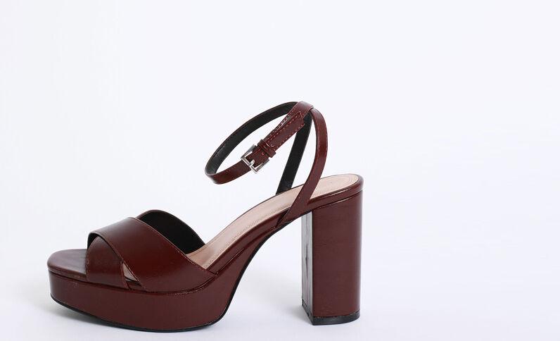 Sandalen met plateauzool granaatrood