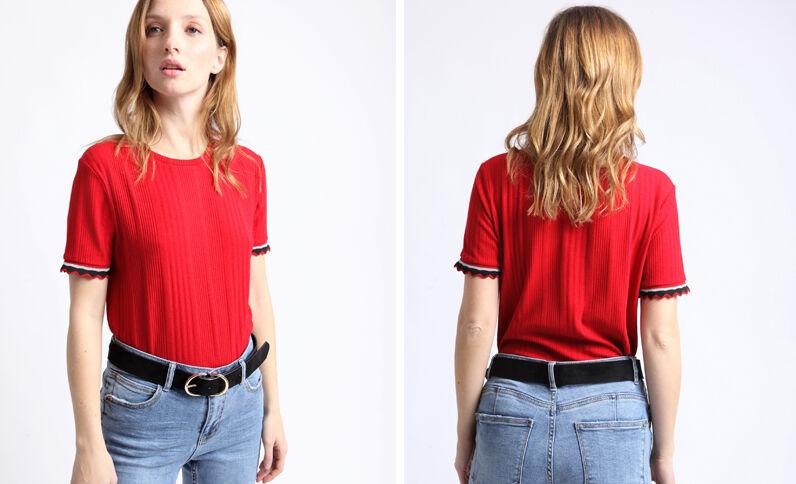 T-shirt en maille cotelée rouge