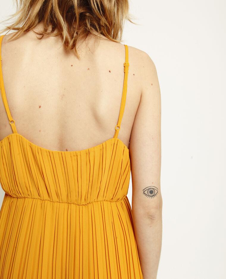 Lange geplooide jurk geel