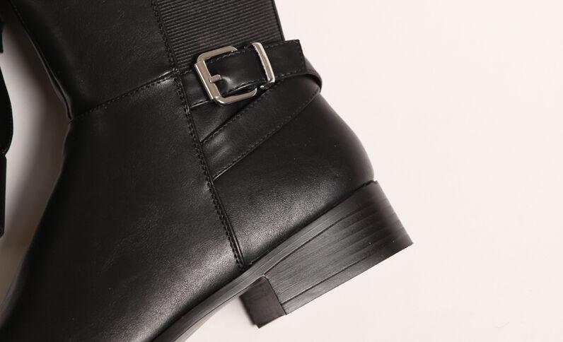 Bottes en simili cuir noir