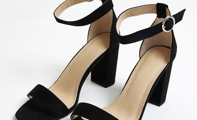 Sandales à talons microfibre noir