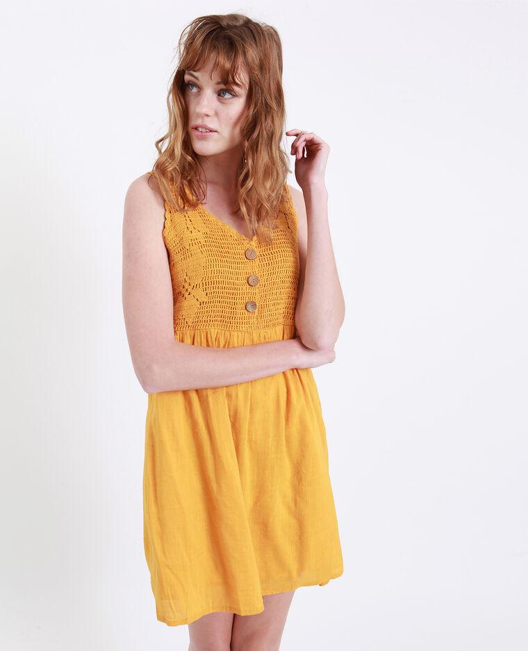 Robe en crochet jaune