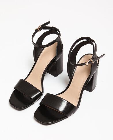 Sandalen met brede hakken zwart