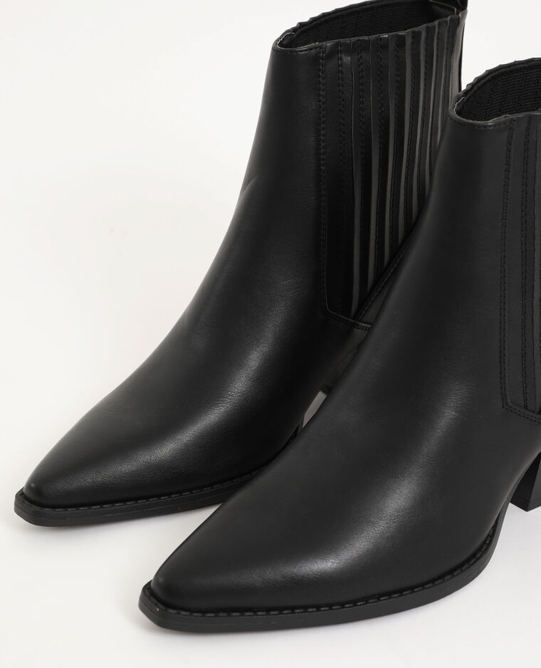 Boots style western noir