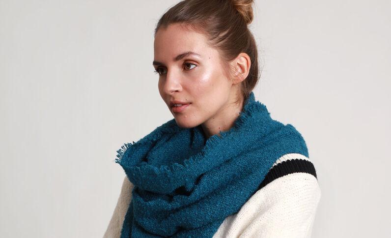 Sjaal van lusjesstof groen