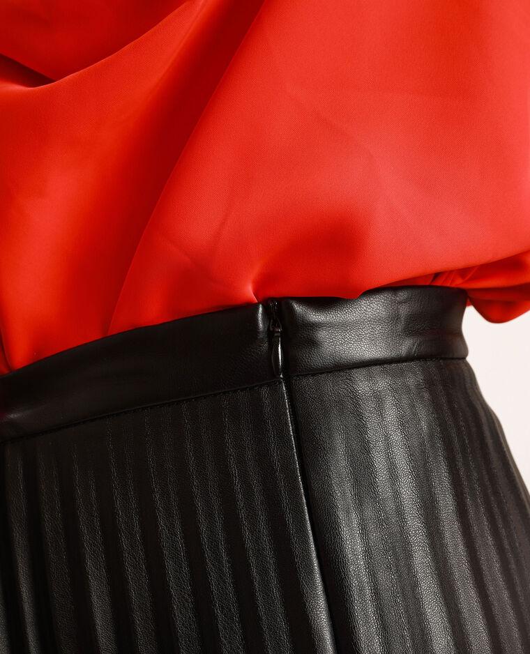 Jupe plissée en simili cuir noir