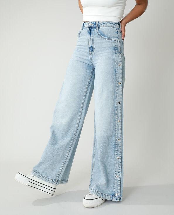 Wide leg jeans met hoge taille en drukknopen! Lichtblauw - Pimkie