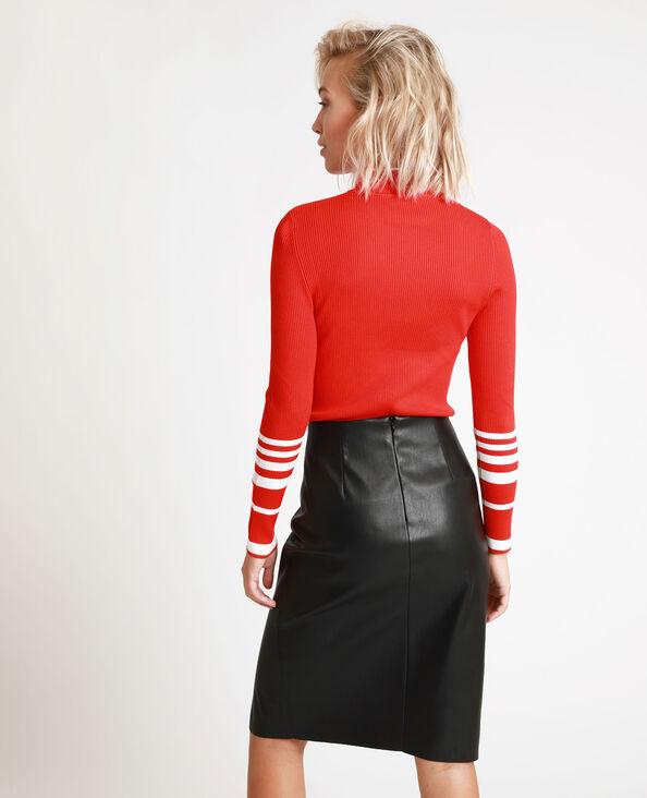 Strakke trui rood