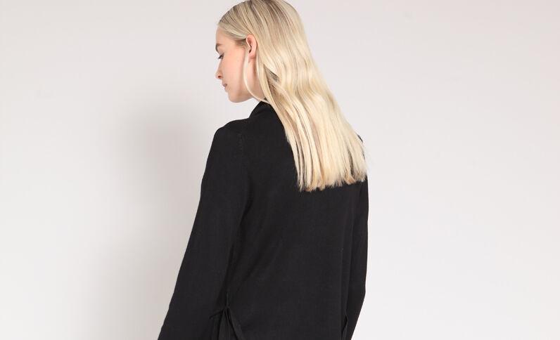 Lange blazer met ceintuur zwart