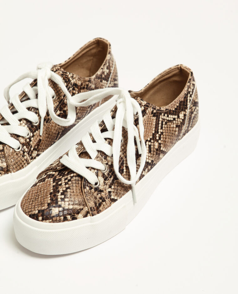 Sneakers in nep pythonslangenleer geweven beige