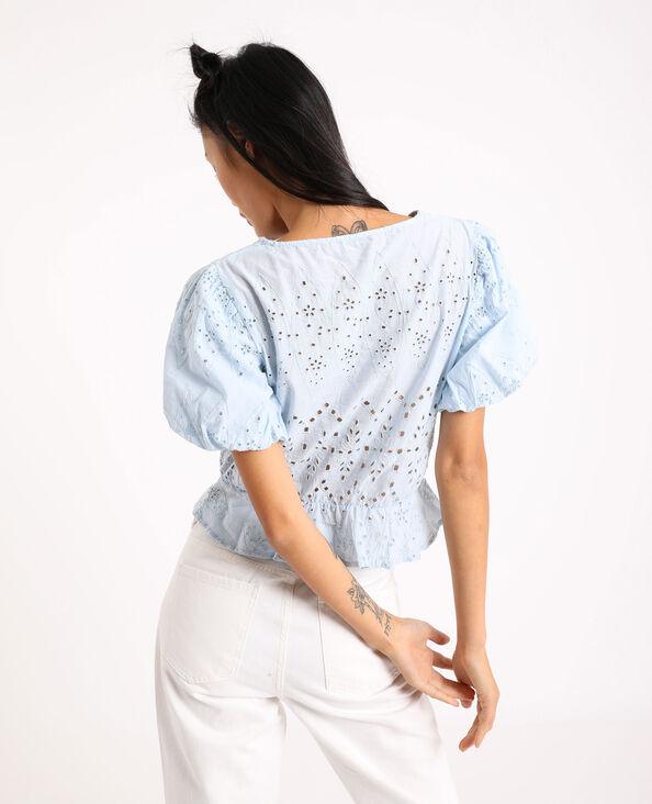 Kort, geborduurd shirt hemelsblauw