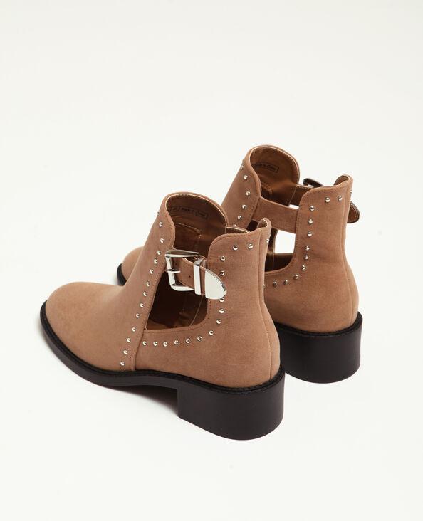 Opengewerkte laarzen ecru