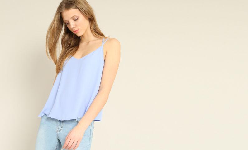 Topje met dunne schouderbandjes hemelsblauw
