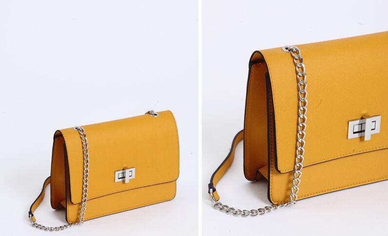 Boxy-tas in kunstleer geel